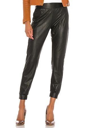 Commando Faux leather jogger en color talla L en - Black. Talla L (también en M, S).