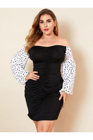 YOINS Plus Size Off The Shoulder Pleated Design Long Sleeves Mini Dress