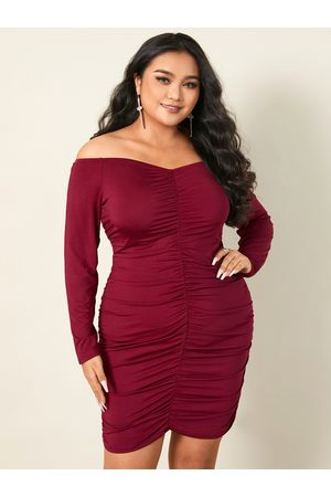 YOINS Plus Size Off The Shoulder Pleated Design Long Sleeves Dress