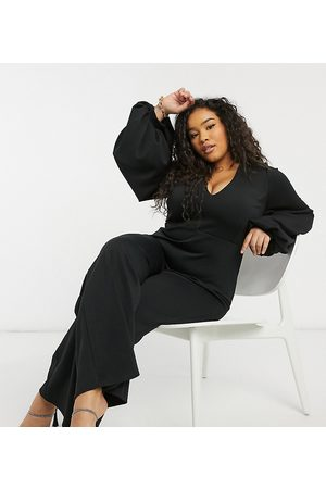 True Violet Plunge balloon sleeve wide leg jumpsuit in black