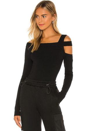h:ours Milee long sleeve top en color talla M en - Black. Talla M (también en S).