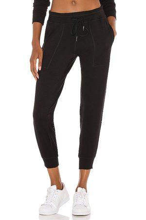 ALALA Heron jogger en color talla M en - Black. Talla M (también en XS).