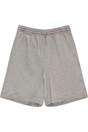 Y-3 Terry shorts en color gris talla M en - Gray. Talla M (también en S).