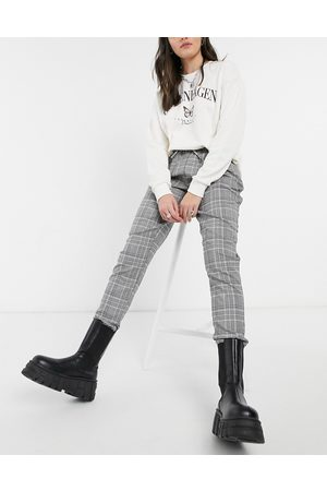 New Look Jogger in grey check