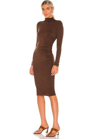 MICHAEL STARS Vestido midi mock neck en color chocolate talla L en - Chocolate. Talla L (también en M).