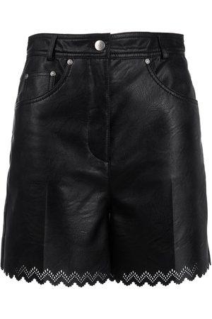 Stella McCartney Shorts festoneados con efecto de piel