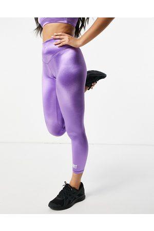 HIIT High shine leggings in purple