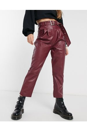 VIOLET ROMANCE Belted waist PU trousers in burgundy