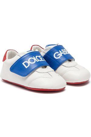 Dolce & Gabbana Zapatos primeros pasos con logo