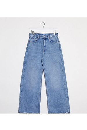 Weekday Wide leg jeans with organic cotton in blue