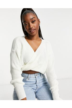 Fashionkilla Knitted knot front cropped jumper in cream