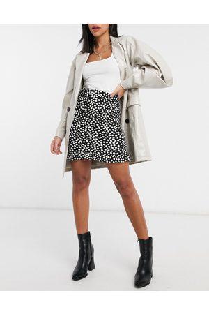 New Look Ruched mini skirt in polka dot