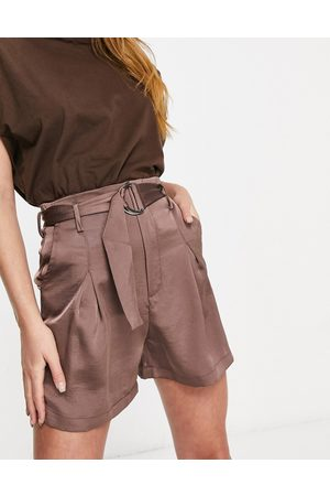 Unique 21 High waisted belted shorts