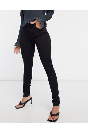 Levi's Levi's 721 high waist skinny jean in black