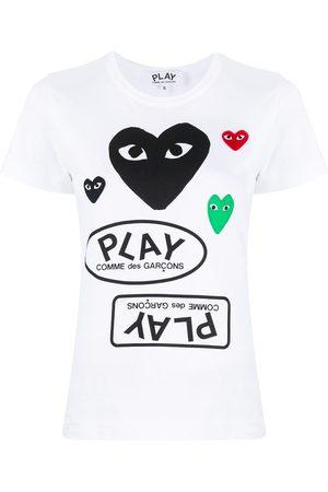 Comme Des Garçons Play Playera con motivo del logo