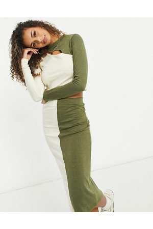 Unique 21 Knitted two tone crop top in ecru and khaki