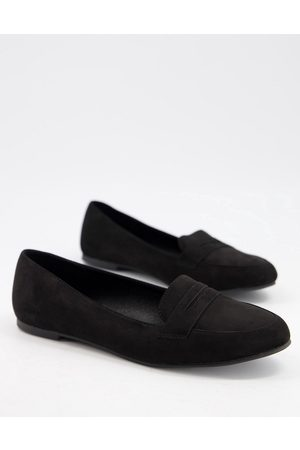 New Look Suedette loafer in black
