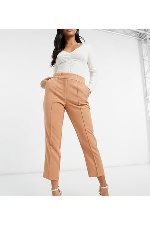 ASOS Mujer Con pinzas - ASOS DESIGN Petite tailored smart mix & match cigarette suit trousers in blush