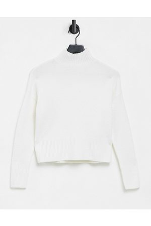 & OTHER STORIES Knitted cropped jumper in off white