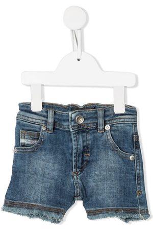 Diesel Pantalones vaqueros cortos deshilachados