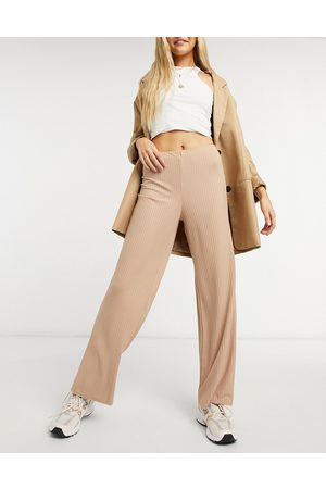 New Look Ribbed wide leg trouser in camel