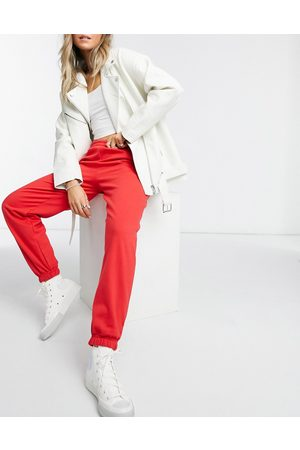 New Look Cosy cuffed jogger in bright red