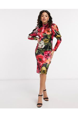 Chi Chi London Floral satin dress in floral print
