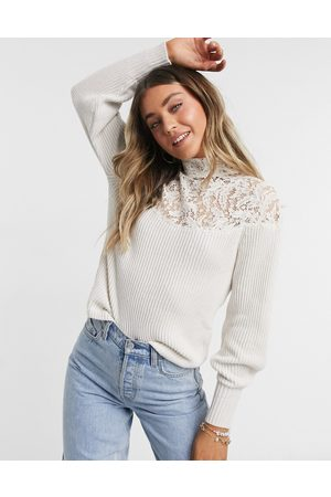 Morgan Long sleeve top with lace detail in white