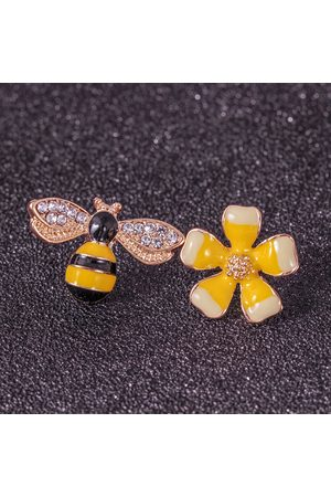 Newchic Cute Flower Honeybees Asymmetric Earrings Rhinestone Piercing Stud Pendientes para las mujeres