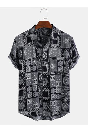 Newchic Mens Ethnic Style Snowflake Printed Casual Short Sleeve Shirts