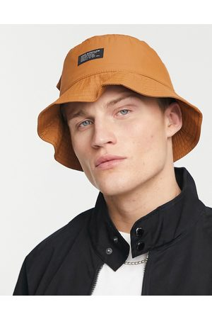 Levi's Levi's bucket hat in tan with pocket