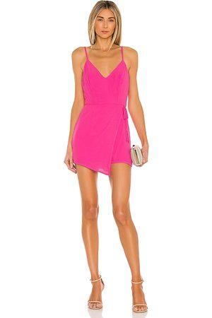 superdown Mujer Cortos - Romper envolvente karen en color talla L en - Pink. Talla L (también en M, S, XL, XS, XXS).
