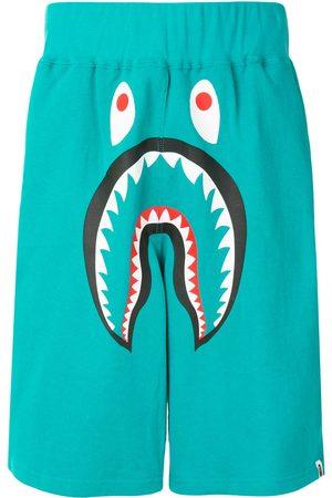 A Bathing Ape Shorts deportivos con estampado de tiburón