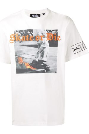 HACULLA Playera con bordado Skate or Die