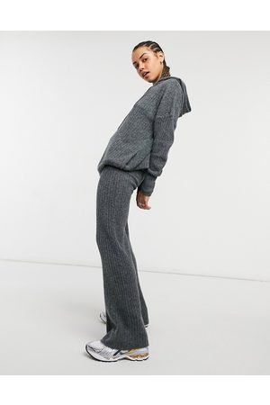 Noisy May Knitted flares co