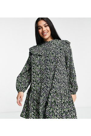 Simply Be Smock dress with ruffle detail in floral print