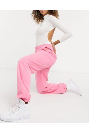 I saw it first Joggers in bubblegum pink