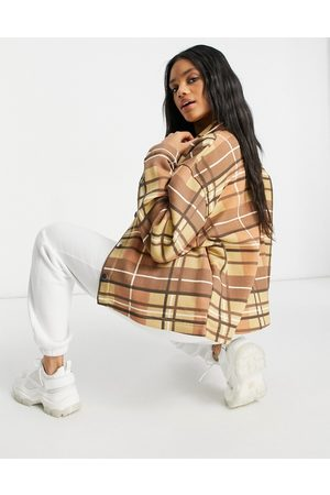 Lasula Mujer Chamarras - Oversized check jacket in brown