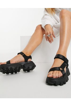 Truffle Collection Mujer Sandalias - Super chunky sporty sandals in black