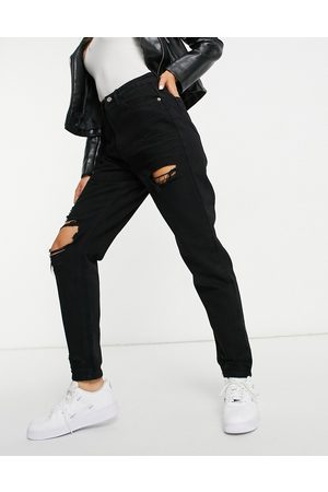 Missguided Riot mom jean with slashed thigh in black
