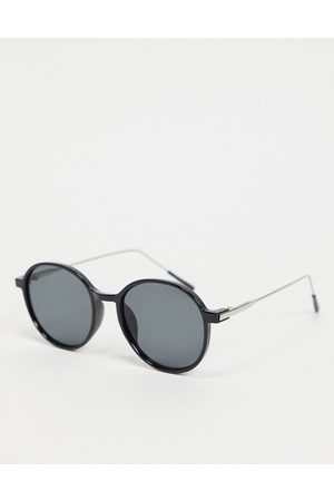 My Accessories London round sunglasses in black with plastic frame