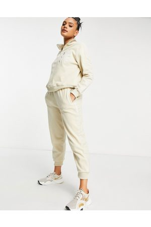 HIIT Microfleece jogger in off white