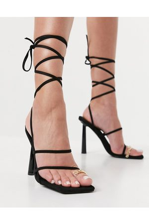 SIMMI Shoes Simmi London Baylee heeled sandals with toe ring detail in black