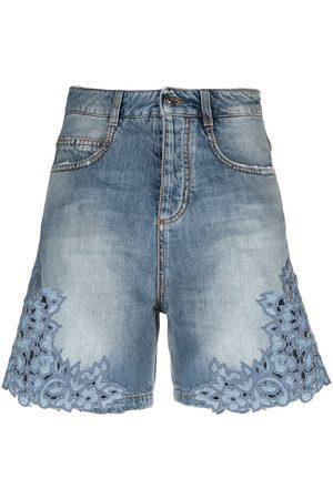 ERMANNO SCERVINO Mujer De mezclilla - Shorts de mezclilla con ribete bordado