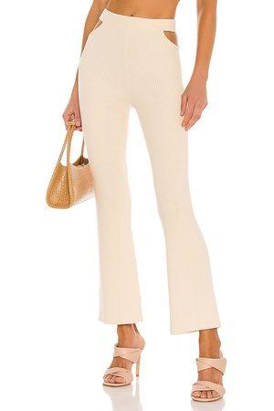 Camila Coelho Mujer De vestir - Pantalón coyote en color talla L en - Cream. Talla L (también en XL).