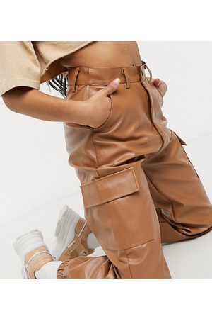 Missguided Faux leather cargo trouser in toffee