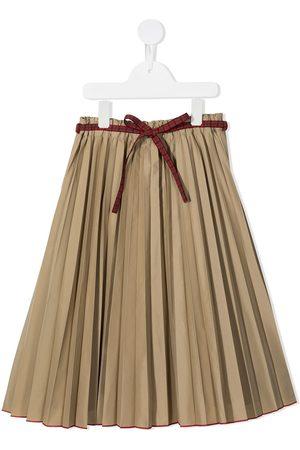 Familiar Falda plisada con cinturón