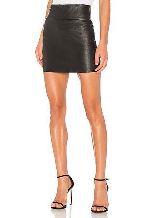 SPRWMN Estirar mini falda en color talla M en - Black. Talla M (también en S, XS).