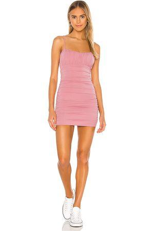 Lovers + Friends Minivestido juliana en color talla M en - Pink. Talla M (también en XL).