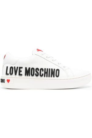 Love Moschino Tenis con agujetas y logo